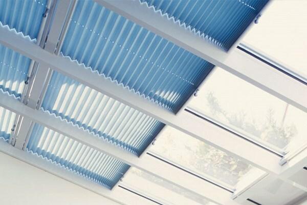 ¿En qué consisten las cortinas técnicas? Diferentes modelos #1.- INNOVA TOLDO ÉCIJA