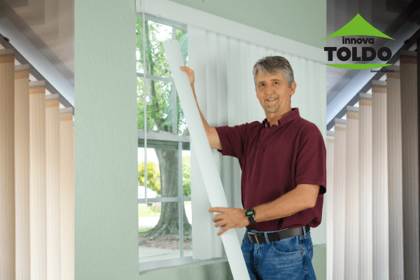 cortinas-laminas-verticales-innovatoldo
