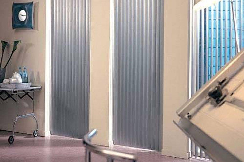 estores y las cortinas enrollables para clínicas de salud